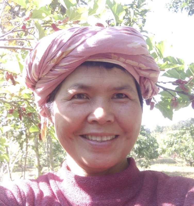 Mae Paew (Farm Mother)